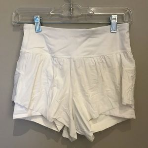 White lululemon shorts with built in spandex